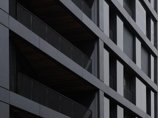 concrete skin á Paris