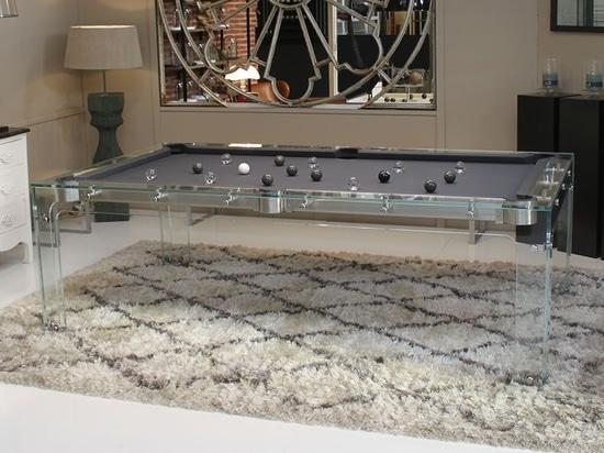 La table de billard design en verre : Carat Light