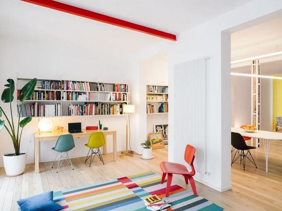 sequencehouse : Un appartement de 124 mètres carrés à Madrid rempli de couleurs primaires