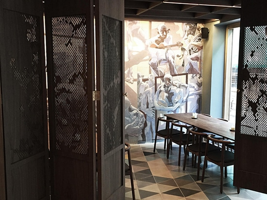 Partager les sentiments du propriétaire du restaurant Arakataka