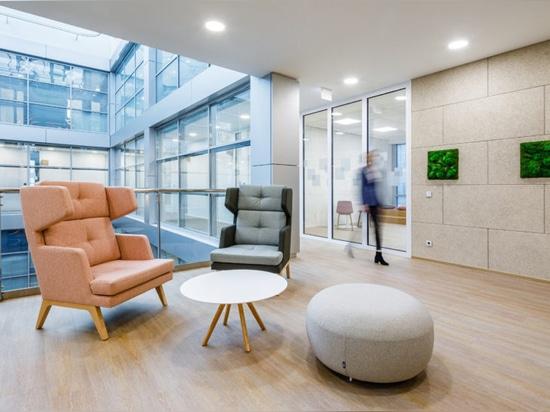 Des espaces de travail flexibles voient le jour au nouveau siège de T-Mobile à Prague