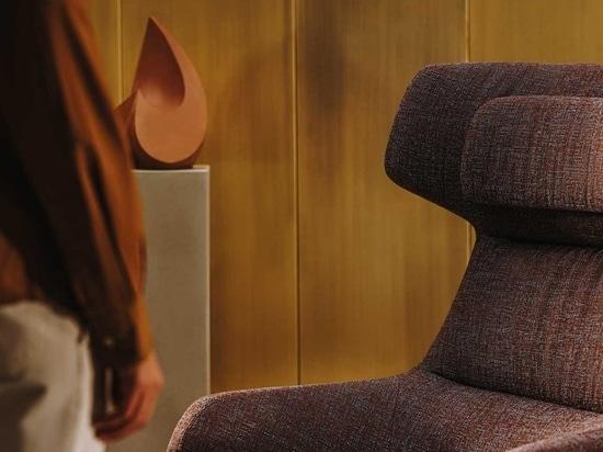 Arper lance la chaise Aston Club dans les nouveaux tissus Kvadrat/Raf Simons