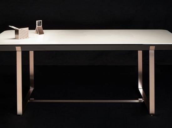 Les Versâtis - Eurokera Smart Table par Jean-Marc Gady