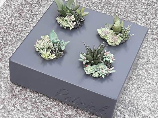 Pots gravés sur-mesure pour décoration tombale
