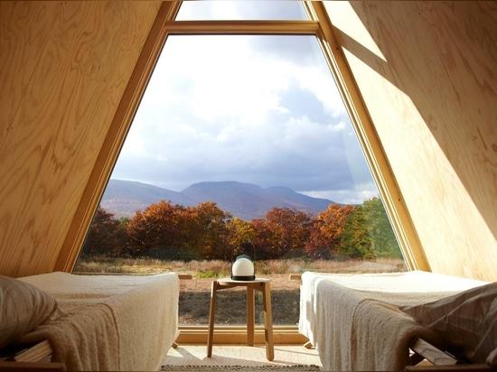 Den Cabin Kit est une maison d'hôtes en bois à construire en quelques jours