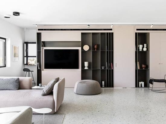Un appartement antique rose de 100 m² avec vue sur Tel-Aviv