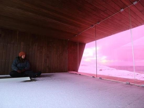 Un mirador en bois conçu par Biotope ouvre ses portes dans le paysage arctique de la Norvège