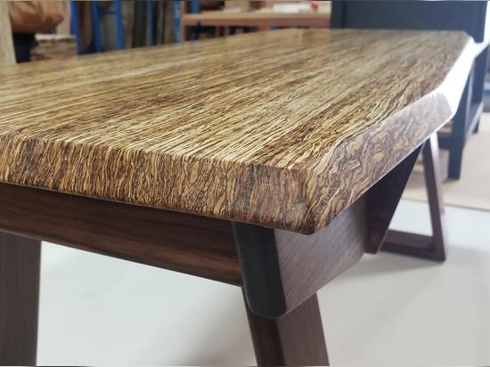 """""""L'entreprise de bois de construction est la première au monde à stocker du bois de chanvre"""""""