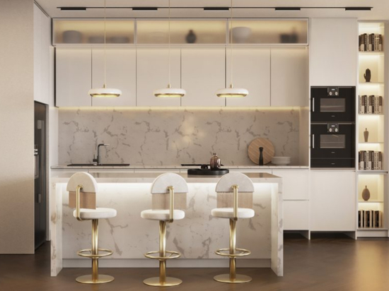 """Ce projet résidentiel entièrement blanc avec une collection """"Hollywood Glamour"""" est sérieusement apaisant !"""
