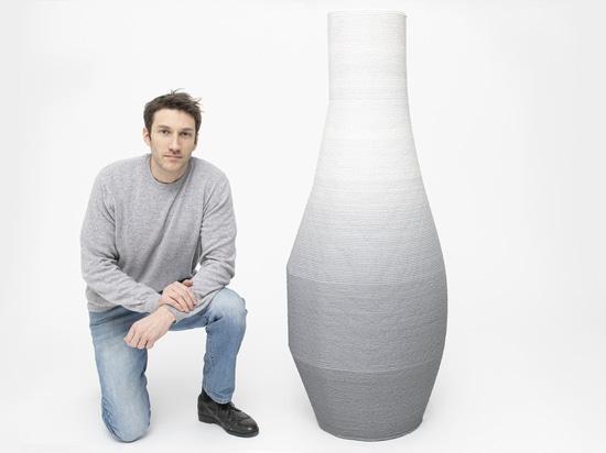 Collection de meubles en dégradé imprimés en 3D par Philipp Aduatz
