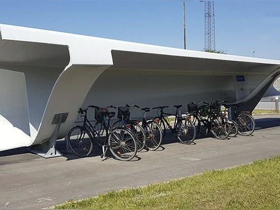 les pales d'éoliennes pourraient également être réutilisées dans des skate-parks, des gradins de stade ou des écrans acoustiques image gracieusement fournie par siemens gamesa