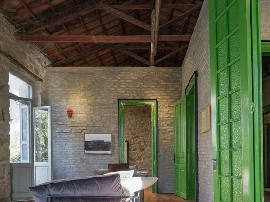 Le modernisme grec, entre autres, est célébré lors de l'inauguration du Forum du design d'Athènes