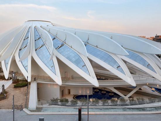 Santiago Calatrava dévoile les pavillons des Émirats arabes unis et du Qatar à l'Expo 2020 de Dubaï