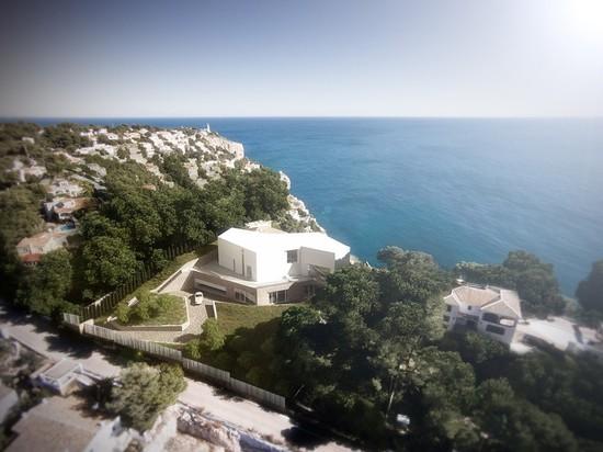 la maison présente des vues abondantes vers la mer adjacente
