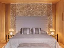 Hotels & restaurants - 22